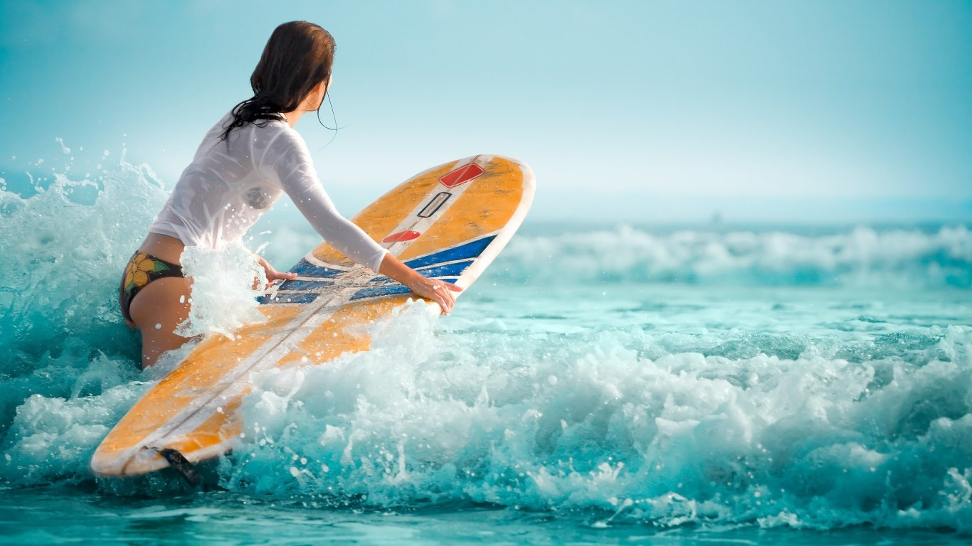Surf Girl Wallpaper Hd Cool Hd   1366x768 iWallHD   Wallpaper HD 1366x768