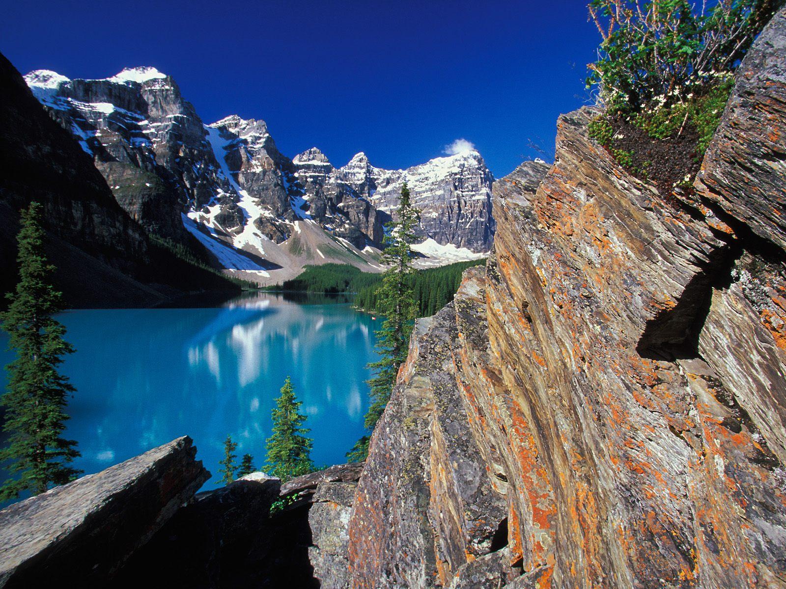 Kids n fun Wallpaper moraine lake and valley of the ten peaks banff 1600x1200