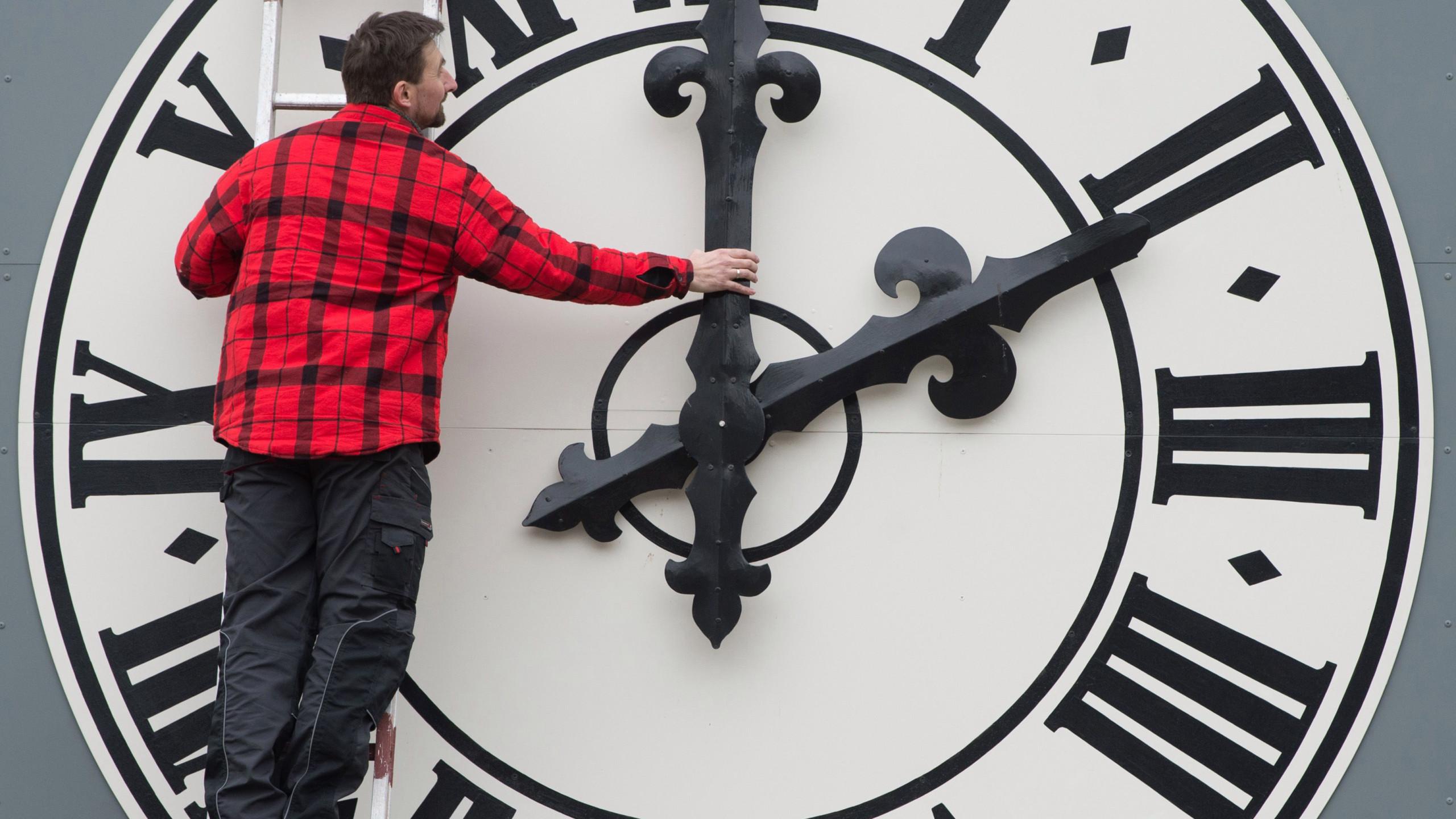 European Union Set to Scrap Daylight Saving Time KTLA 2560x1440