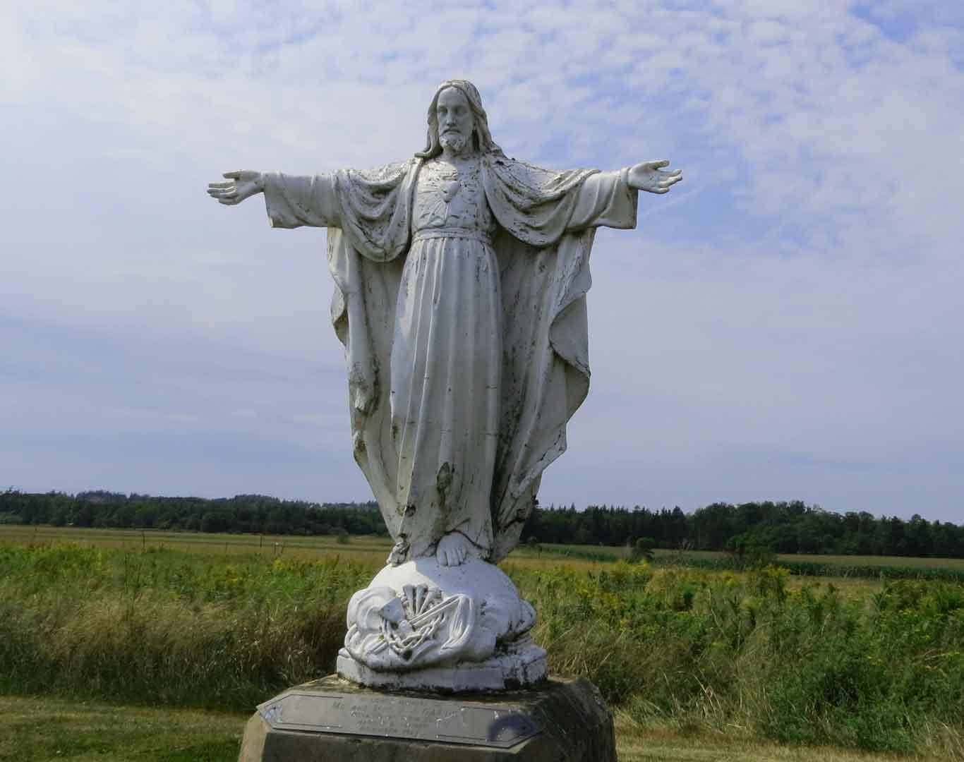 Wallpaper wallpaper named Jesus Christ Statue Wallpaper It has been 1366x1080