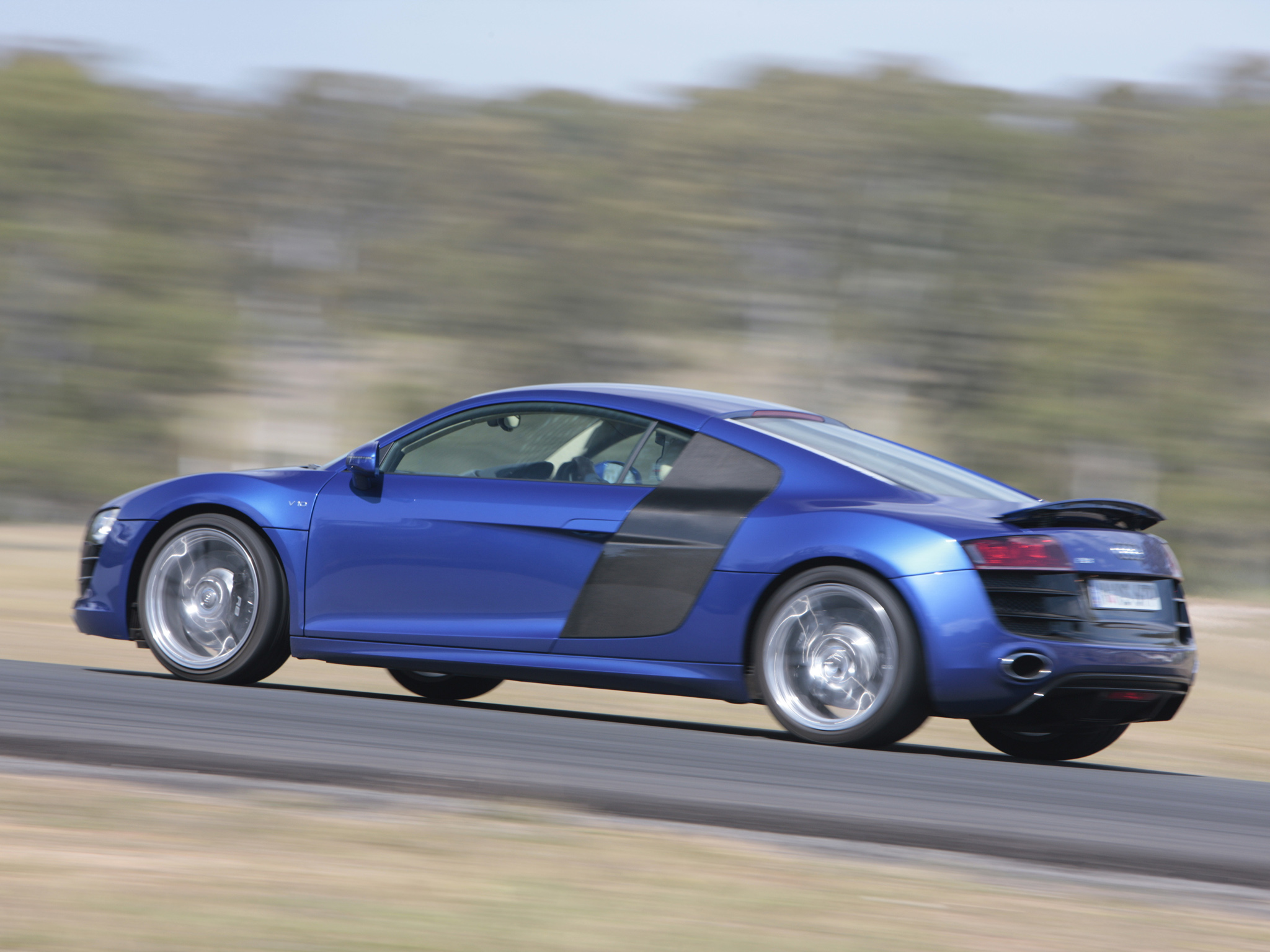 Audi R8 V10 AU spec Wallpapers Cool Cars Wallpaper 2048x1536