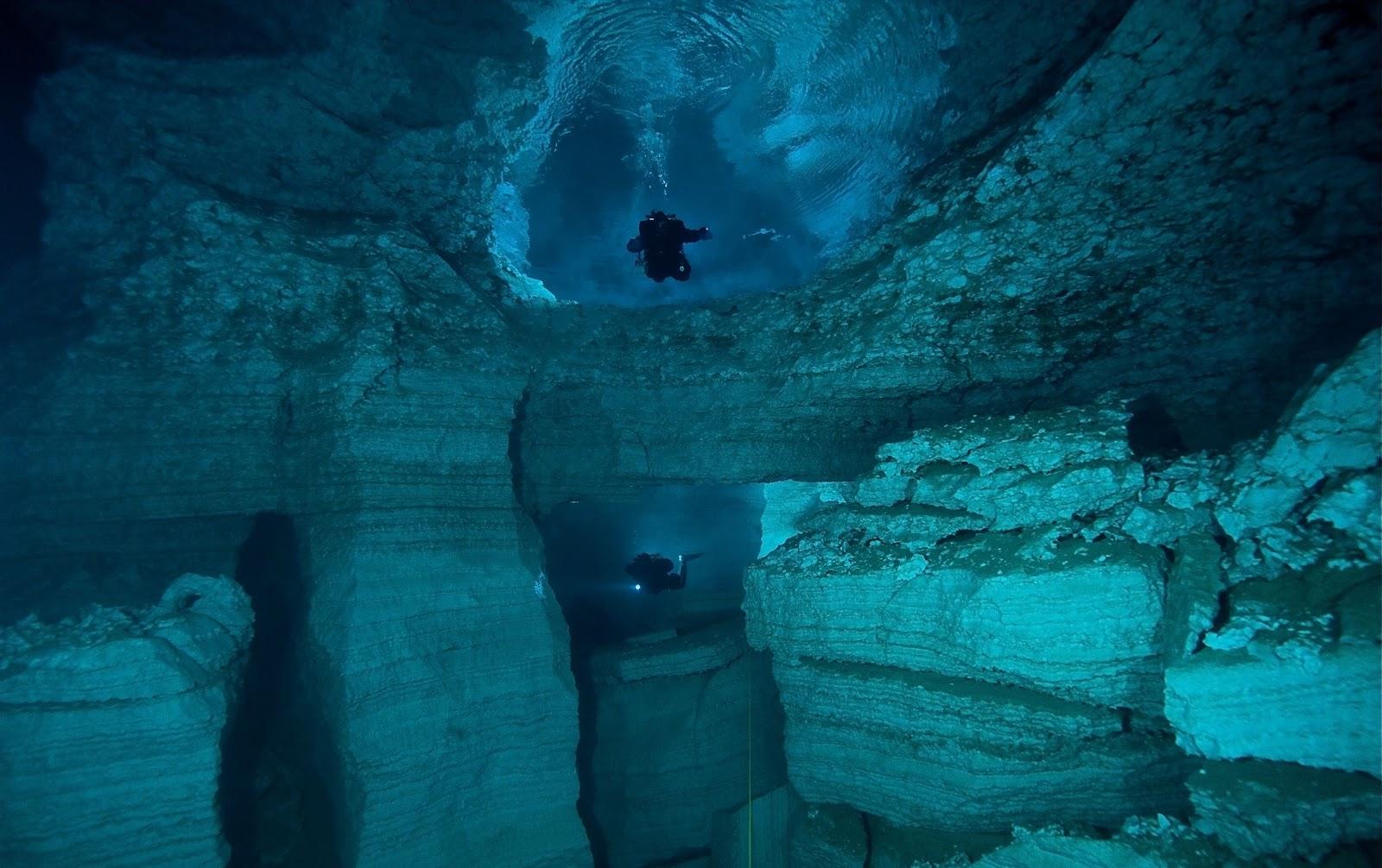 Download Beautiful Nature Cave Diving Wallpaper Full HD Wallpapers 1600x1006