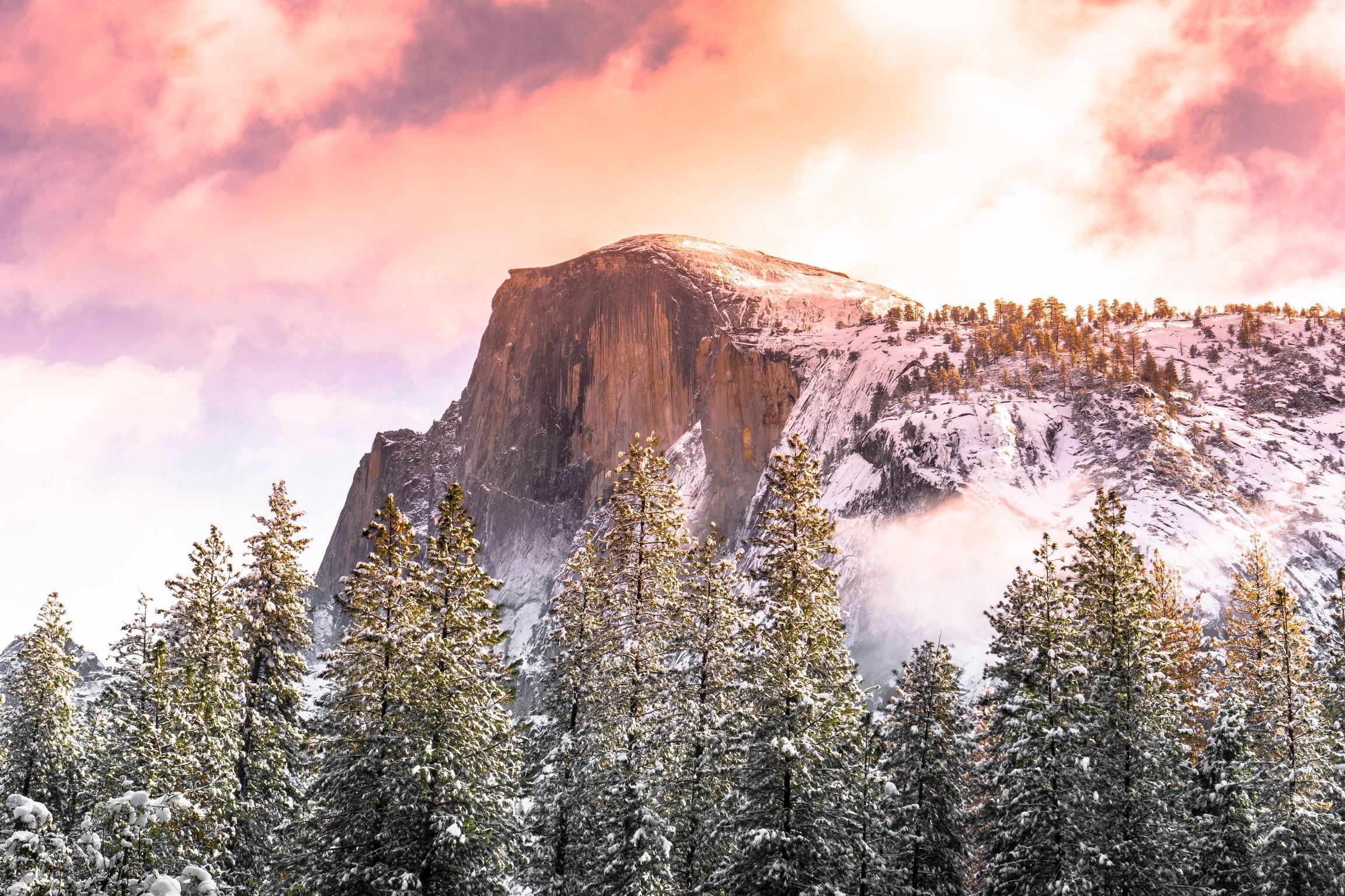 Reminded me of the Apple desktop wallpaper Half Dome Yosemite 2304x1536