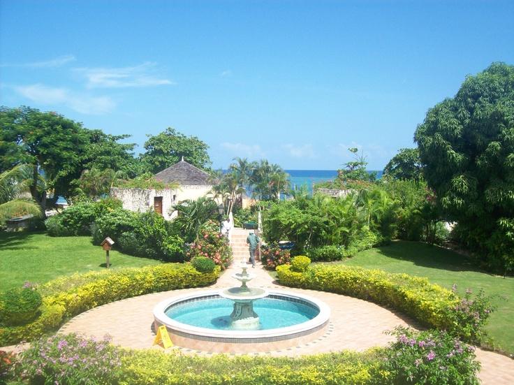 montego bay jamaica 736x551