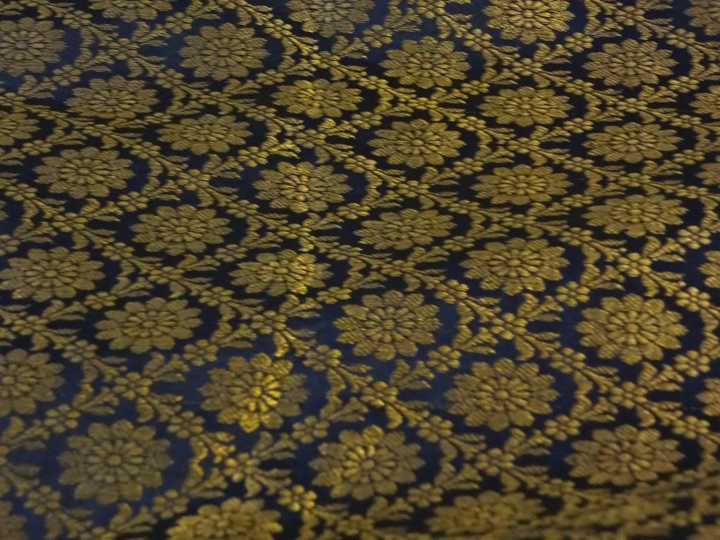 Spun Silk Brocade Fabric Metallic Gold Dark Navy Blue color 44 1024x768