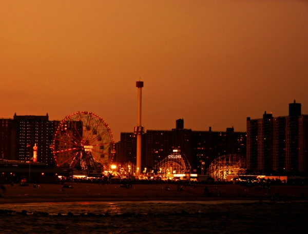 coney island 2000x1522 wallpaper USA Wallpaper Desktop 600x456