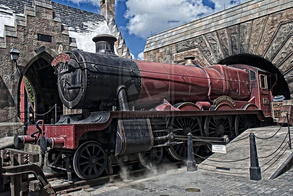 Hogwarts Express by JHMPhotography 1024x685