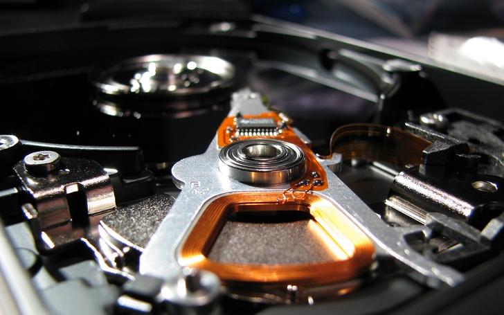 hard disk drive puter wallpaper inspiritoo hard disk drive wallpaper 728x455
