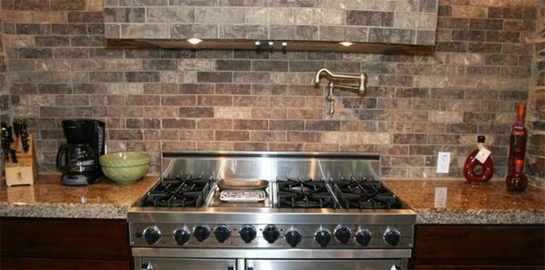 Brick Tile Backsplash1 600x298
