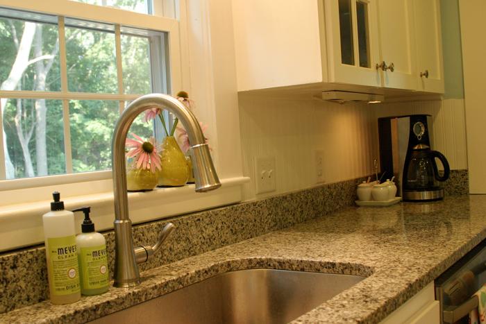 Beadboard Wallpaper on the Kitchen Backsplash DesignLively 700x467