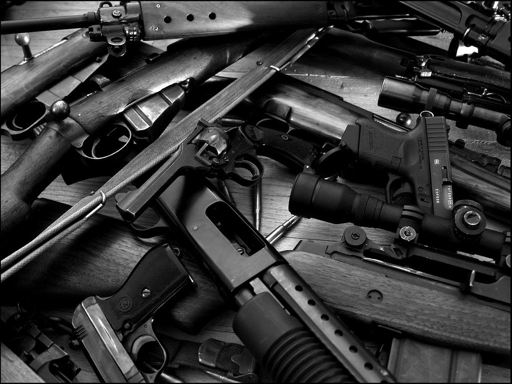 Guns amp Weapons Cool Guns Wallpapers 3 1024x769