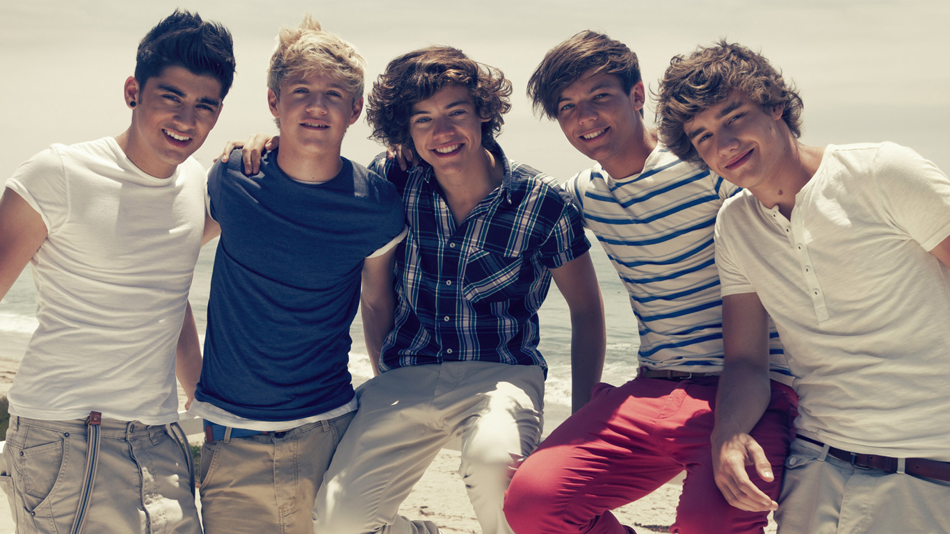 One Direction at the Beach   One Direction Wallpaper 1366x768