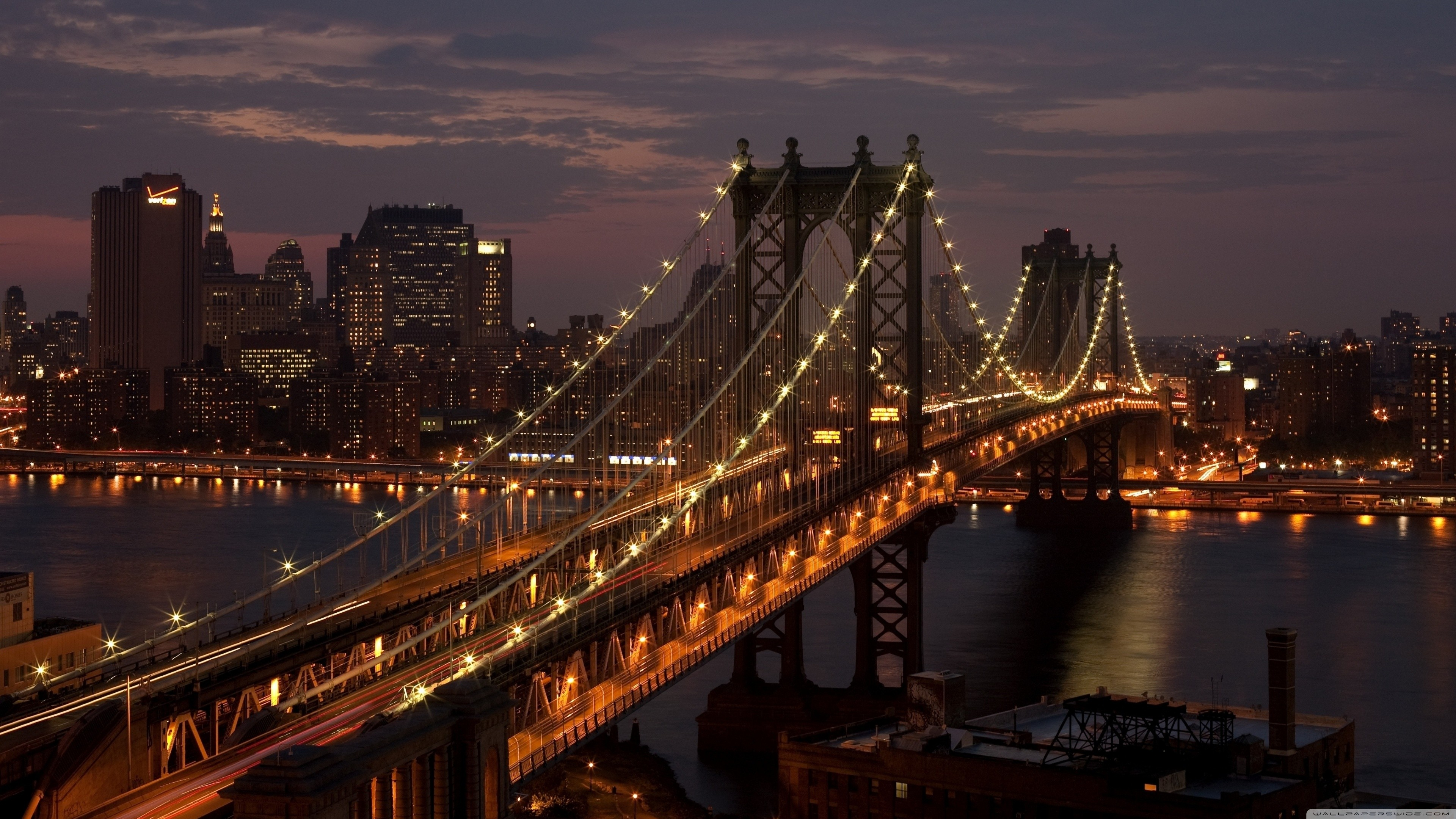 Manhattan Bridge at Night in New York City 4K Wallpapers 3840x2160