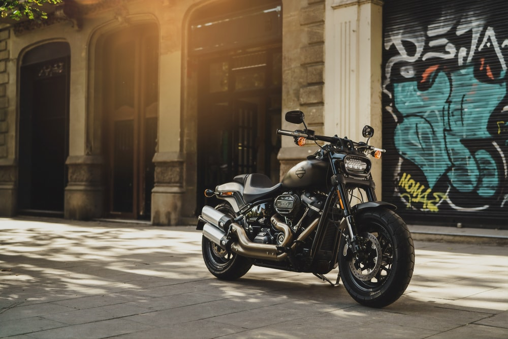 Harley Davidson Wallpapers HD Download [500 HQ] Unsplash 1000x667