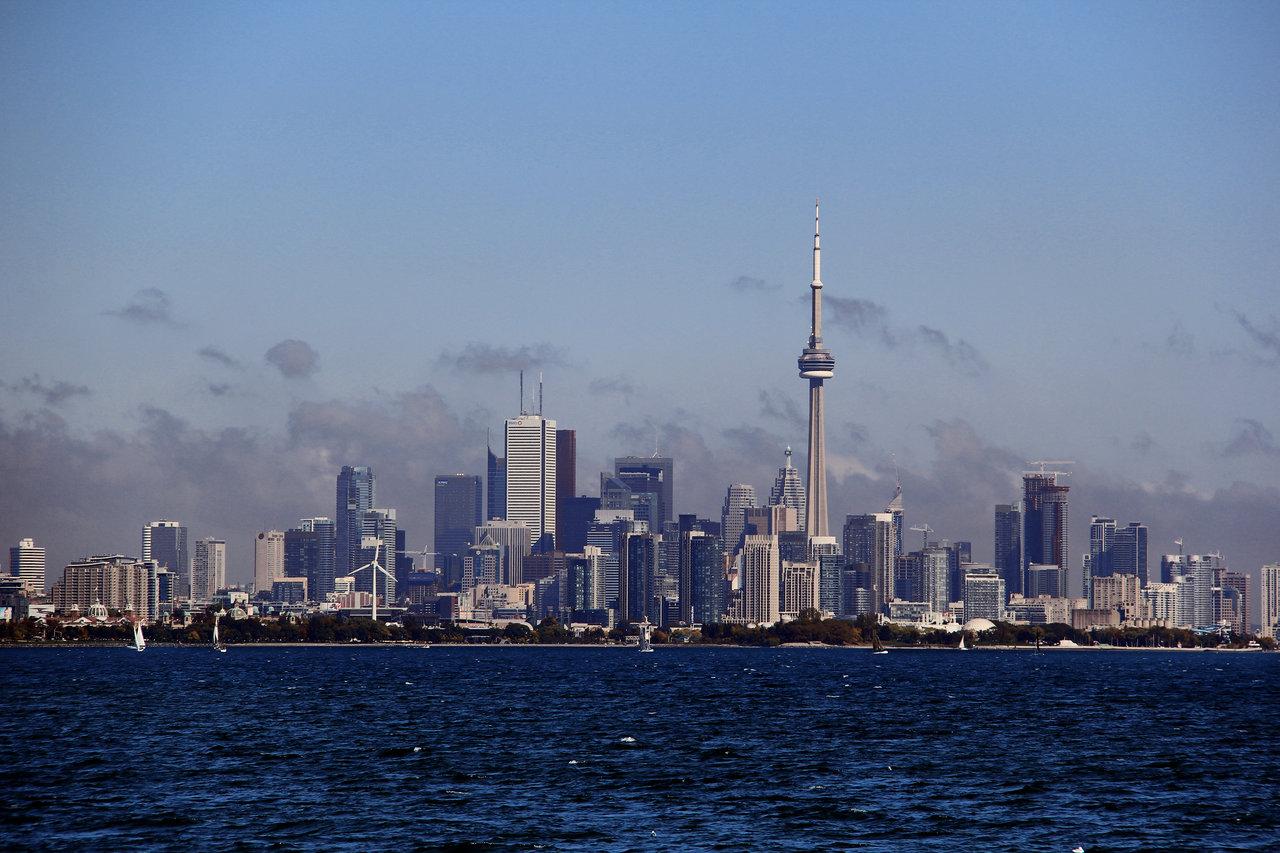 Toronto Skyline attempt 2 by KMourzenko 1280x853