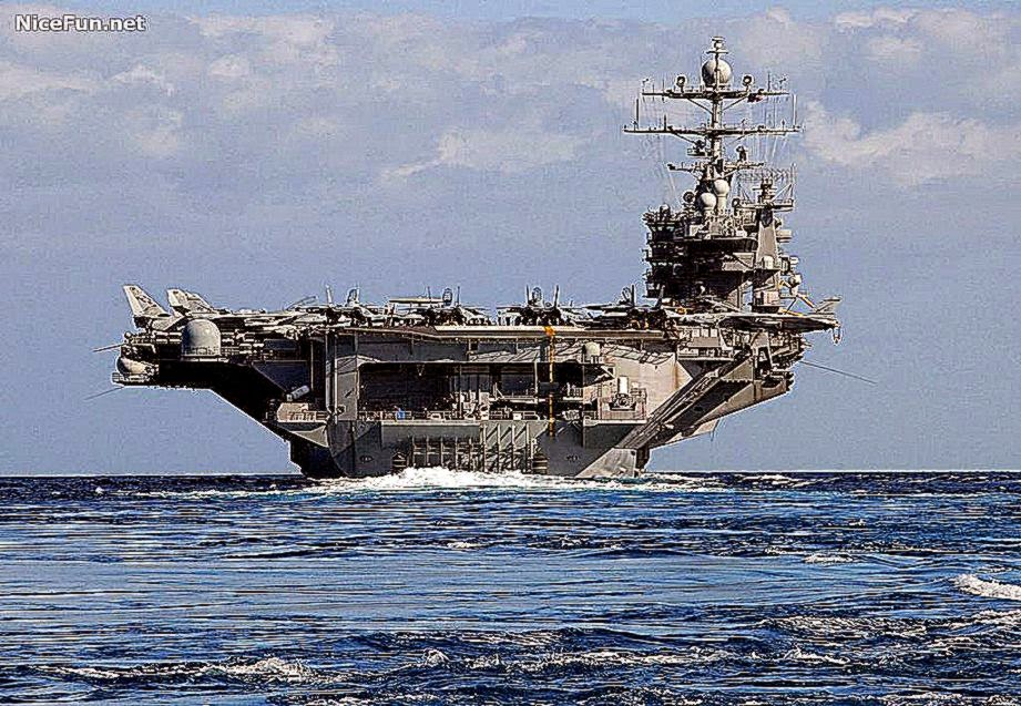 Pics For gt Navy Aircraft Carrier Wallpaper 921x637
