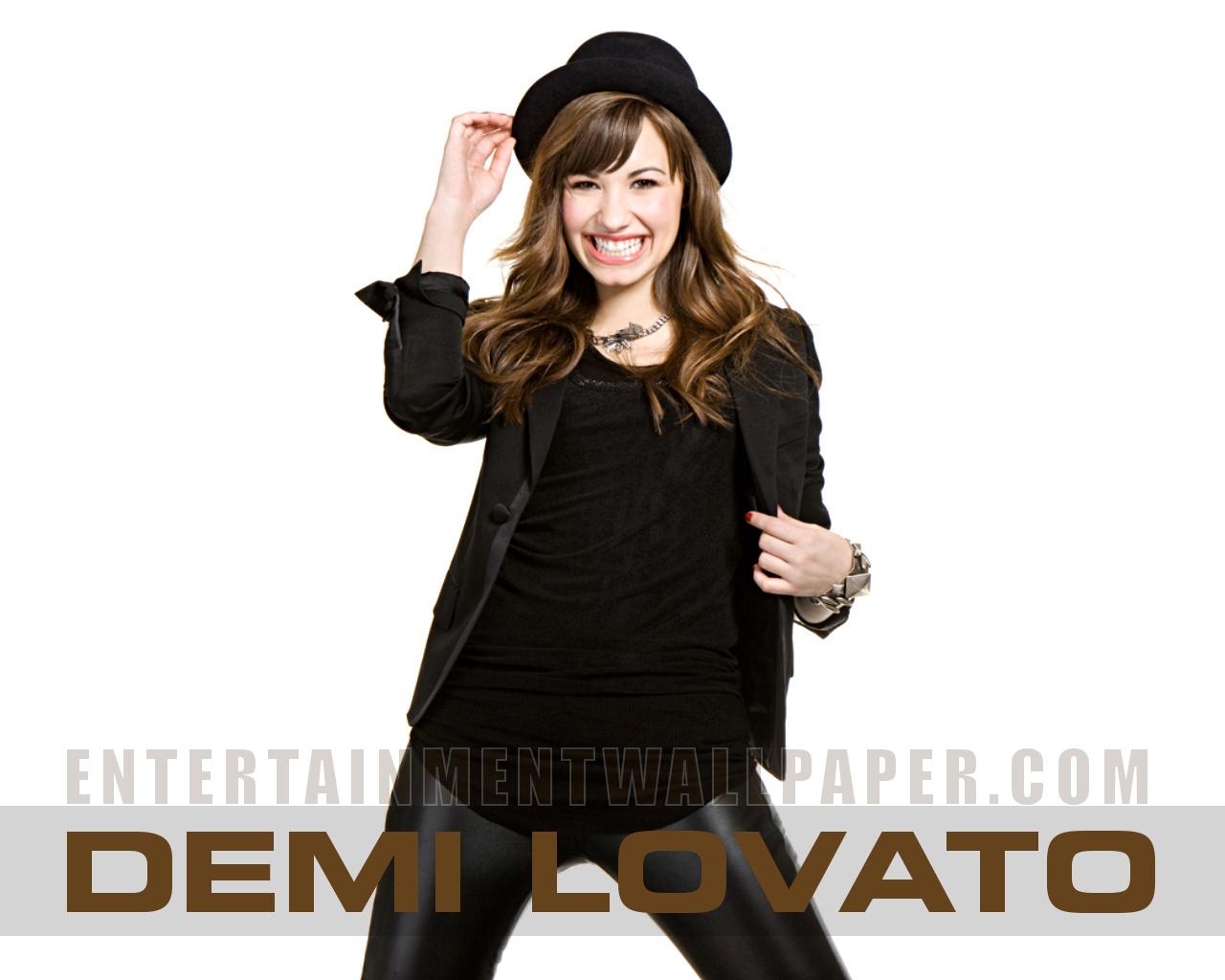 Demi Lovato Wallpaper Desktop For Desktop 1280x1024