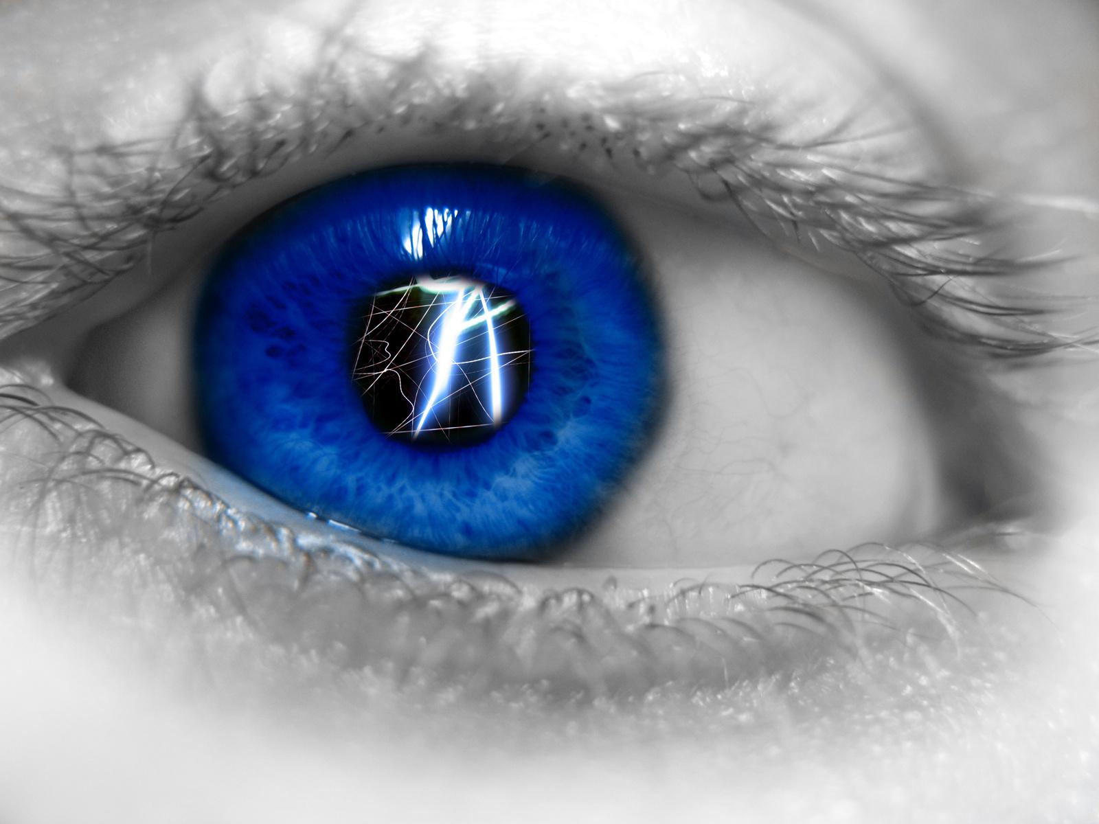Download HQ blue light Eyes Wallpaper Num 3 1600 x 1200 1255 1600x1200
