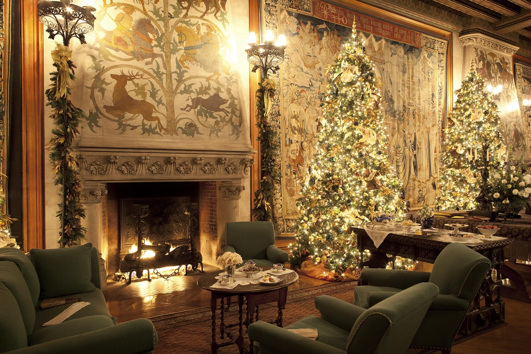 Biltmore Christmas Package Carolina Bed and Breakfast 1800x1200