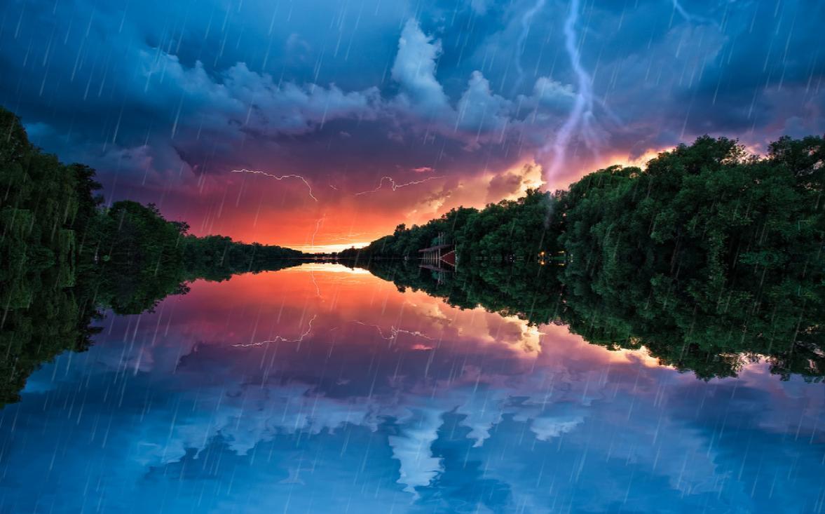 ThunderStorm Screensaver 1177x733