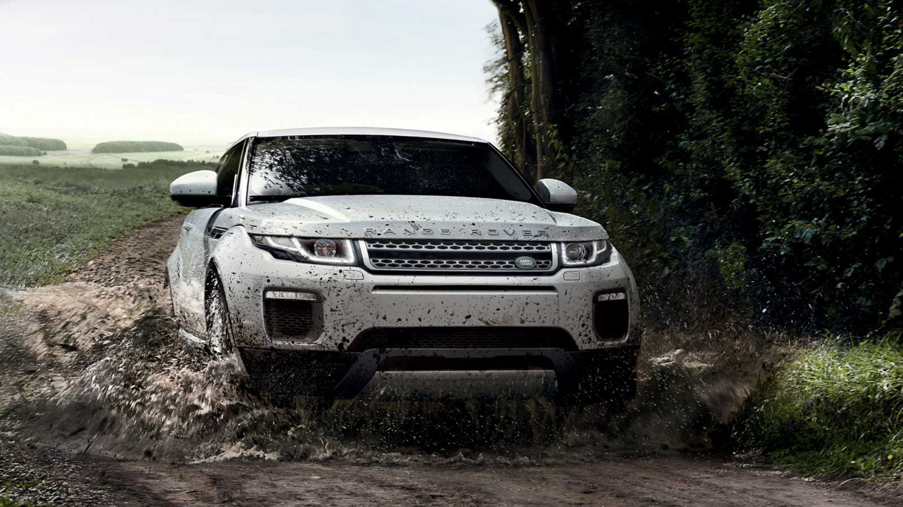 2019 Land Rover Evoque off road drive hd wallpaper and images 1820x1023