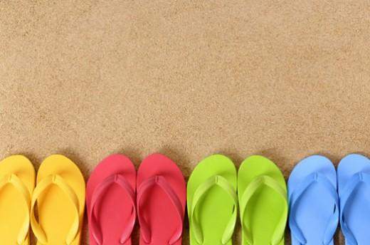 Summer Wallpaper Pics of Flip Flops 520x344