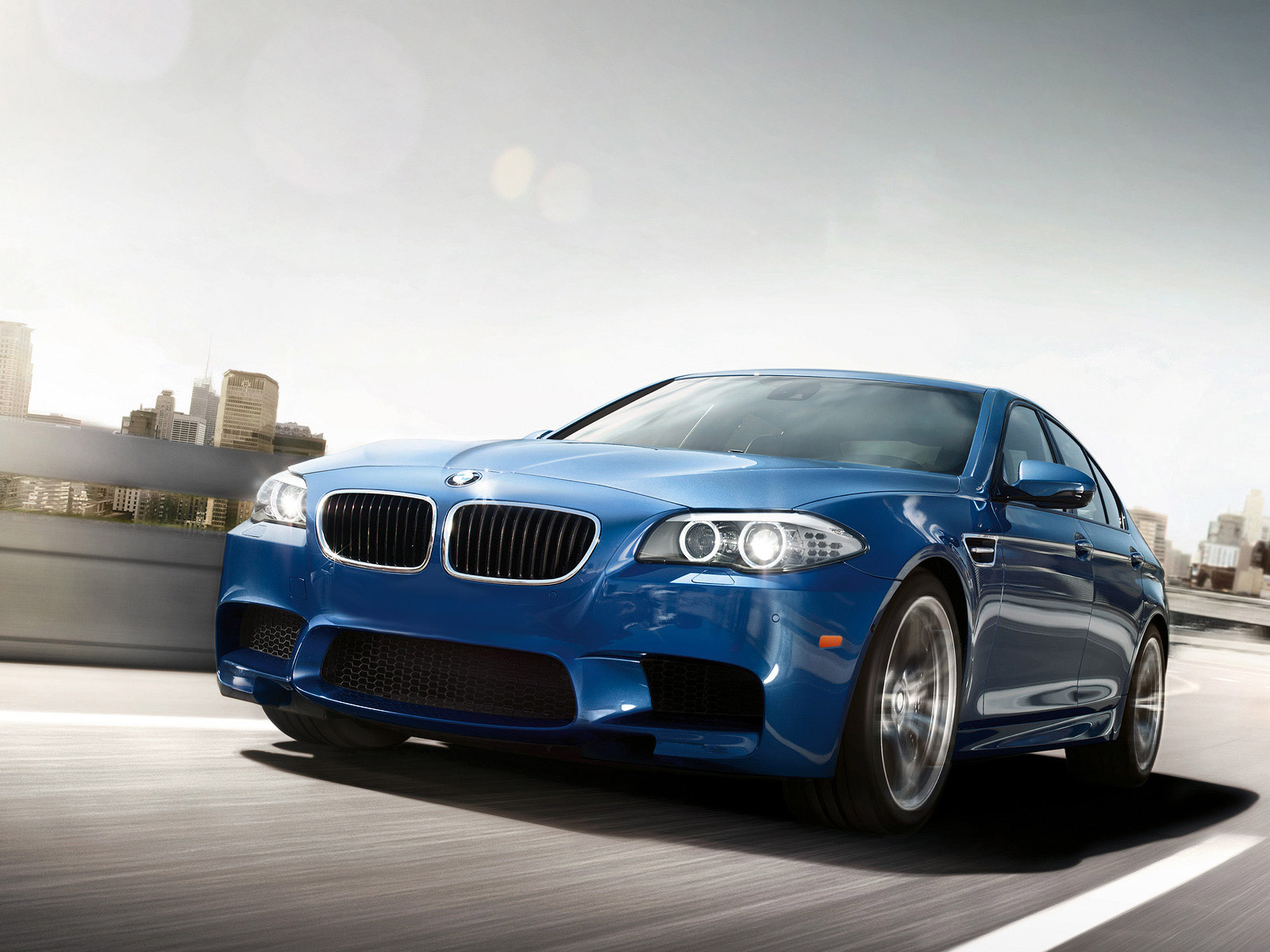 Home Research BMW M5 2012 1600x1200