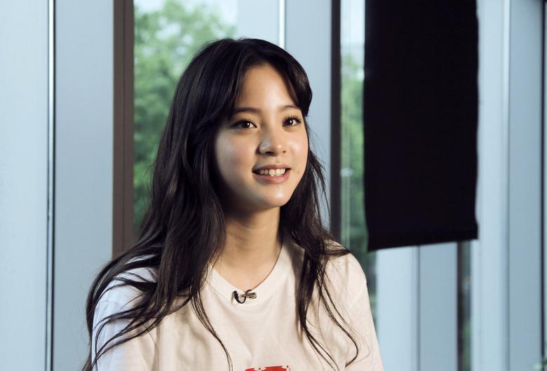 Ou yang Nana swings from Jackie Chan role to Disney album 780x530