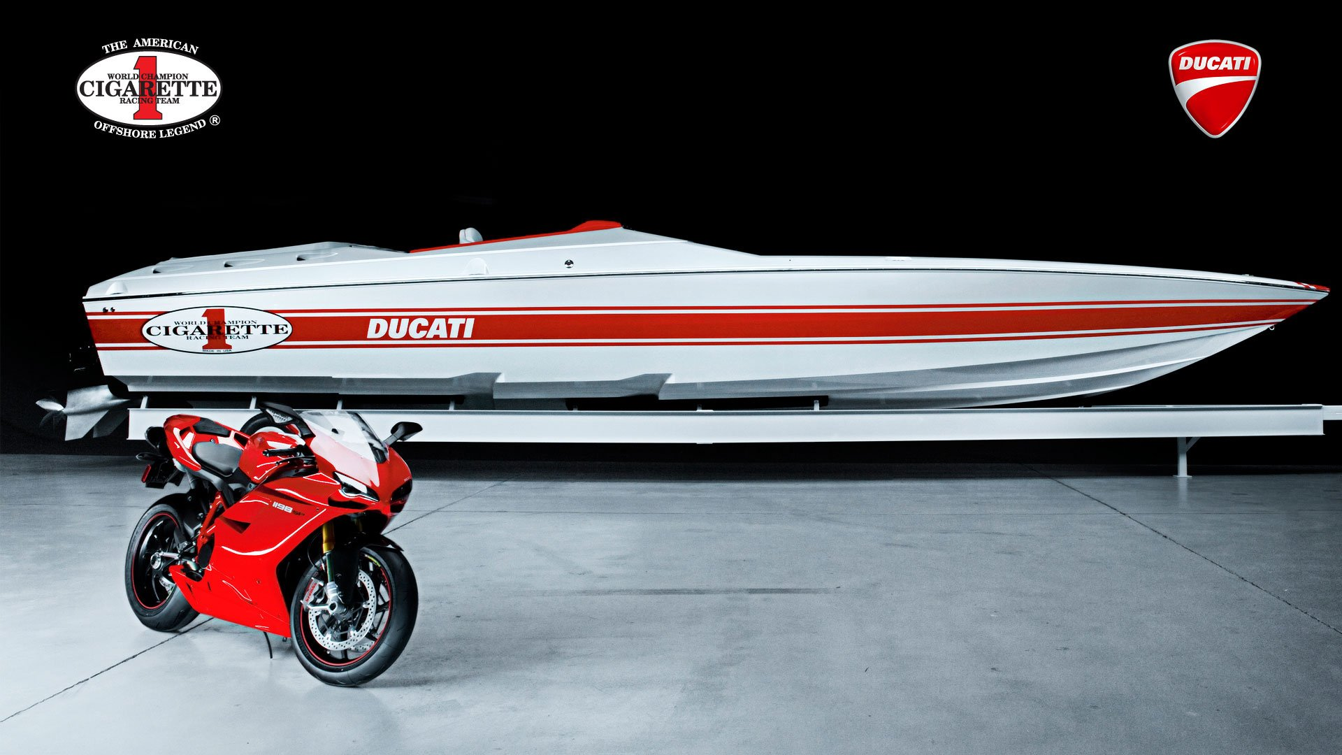 2011 Cigarette Racing 42X Ducati Edition Racing Boat   Photo 13 1920x1080