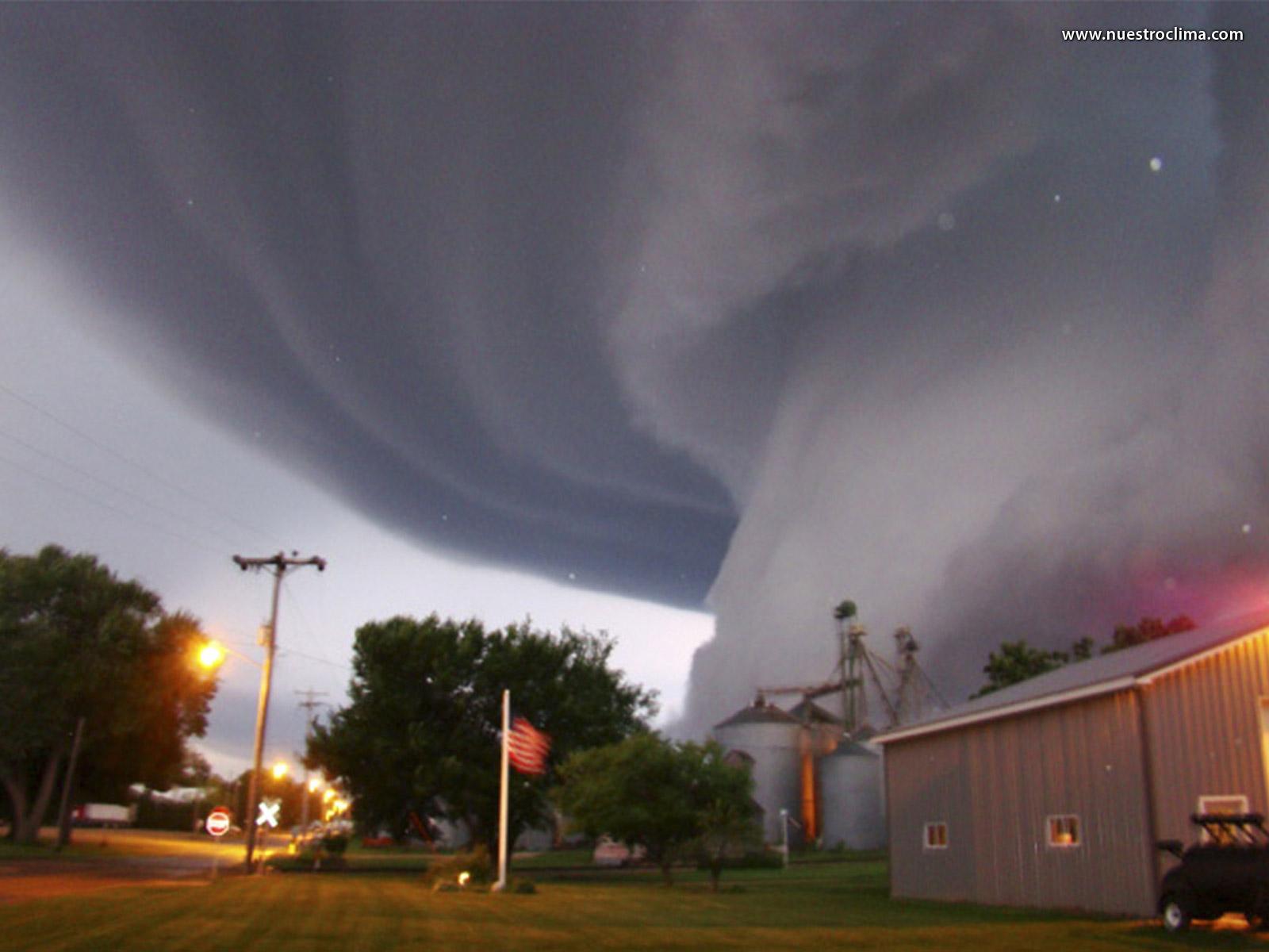 Tornado Photos HD Wallpapers HD Nature Wallpapers 1600x1200