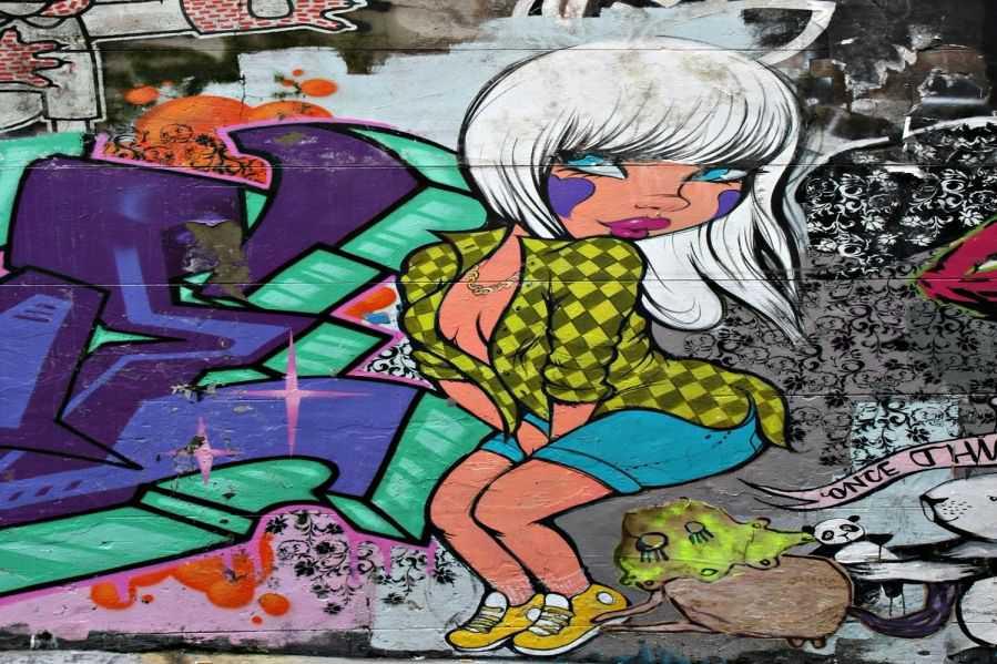 Graffiti Wallpaper Wall Mural Muralswallpaper 5657 Art Graffiti 899x599
