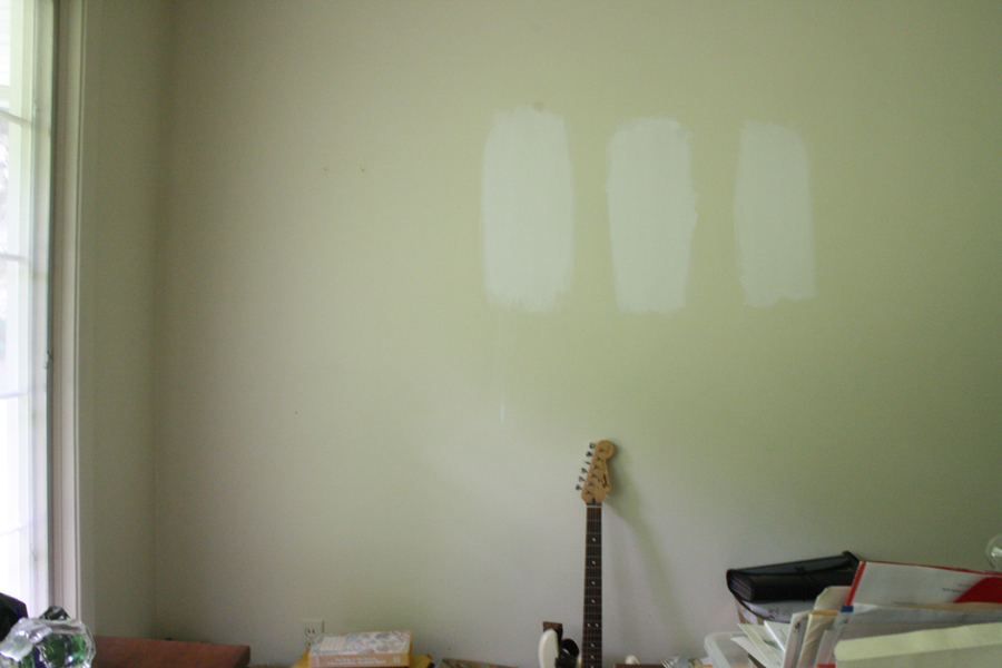 merrypadcom20130702sherwin williams white paint sample testing 900x600