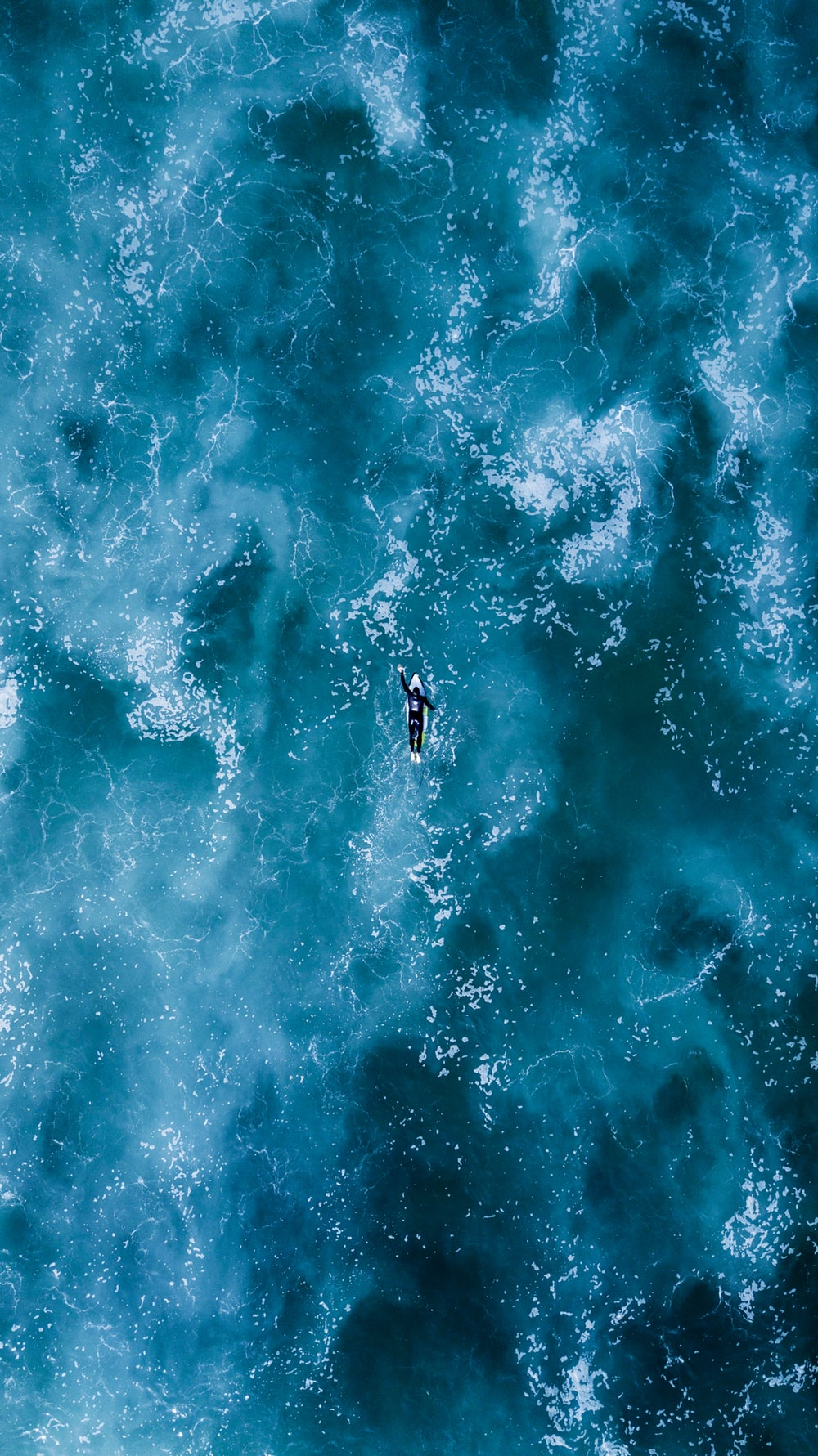 20 Best Surf Pictures on Unsplash 1000x1781