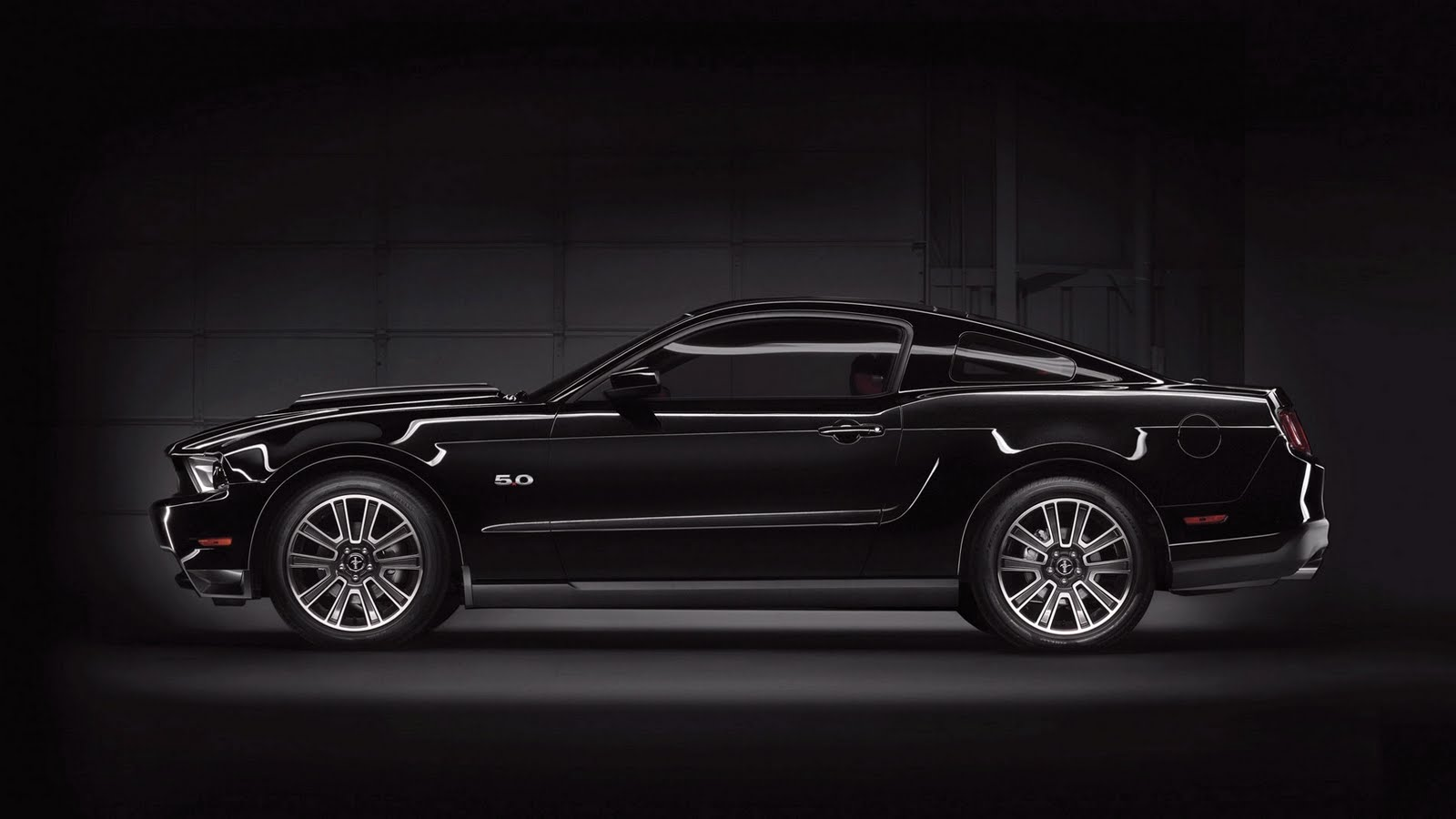 HD Wallpapers Ford Mustang HD Wallpaper   Set 1 1600x900