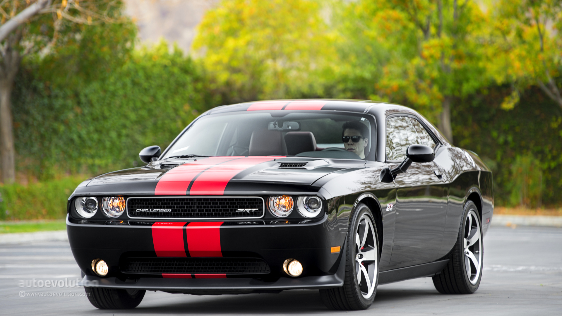 2014 dodge challenger srt8 392 specs car pictures