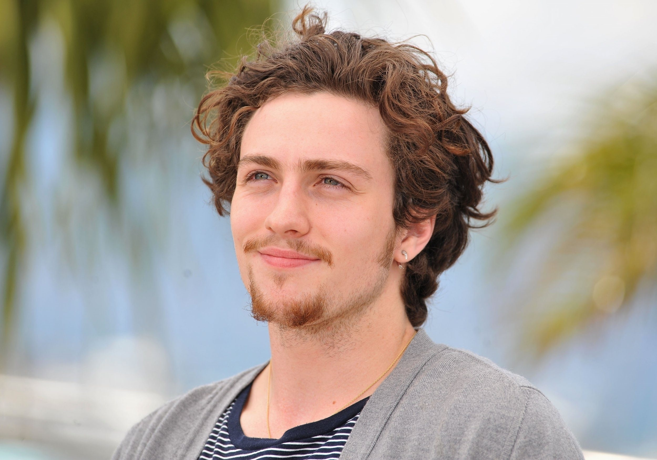 Aaron Taylor Johnson HD Desktop Wallpapers 2500x1751