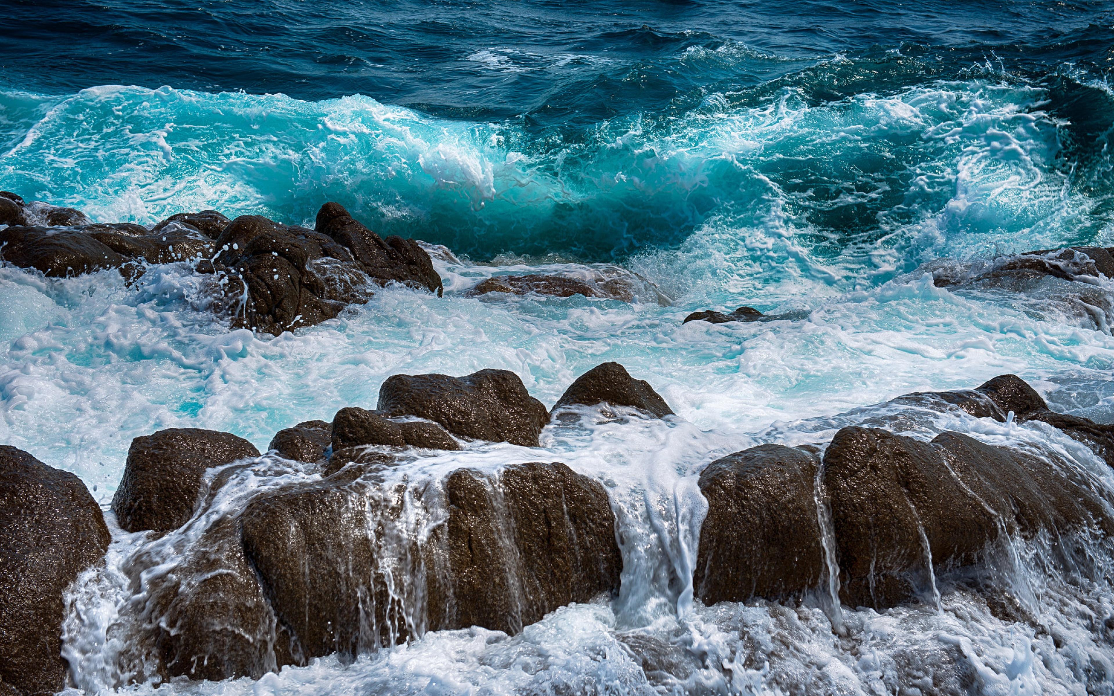 HD Background Ocean Waves Rocks Sea Foam Wallpaper WallpapersByte 3840x2400