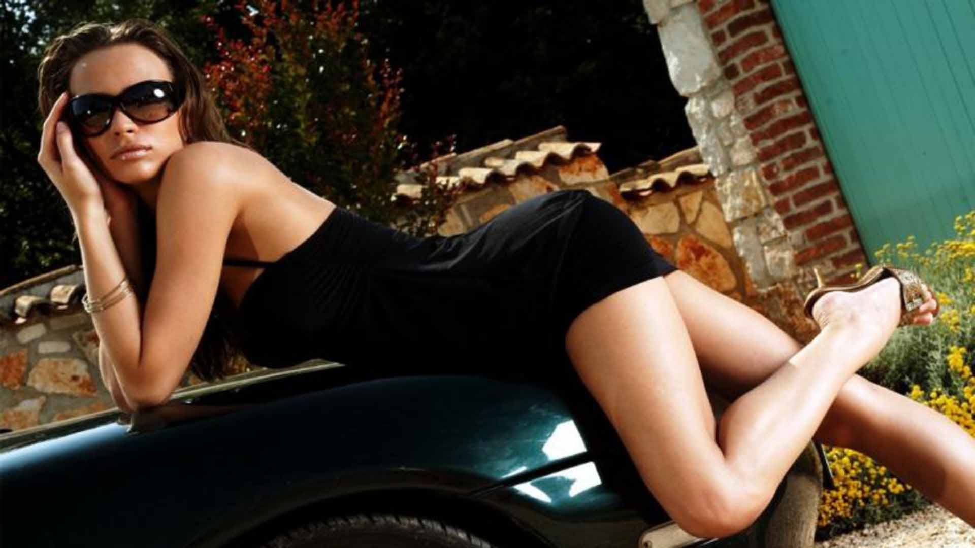 Cool cars and girls