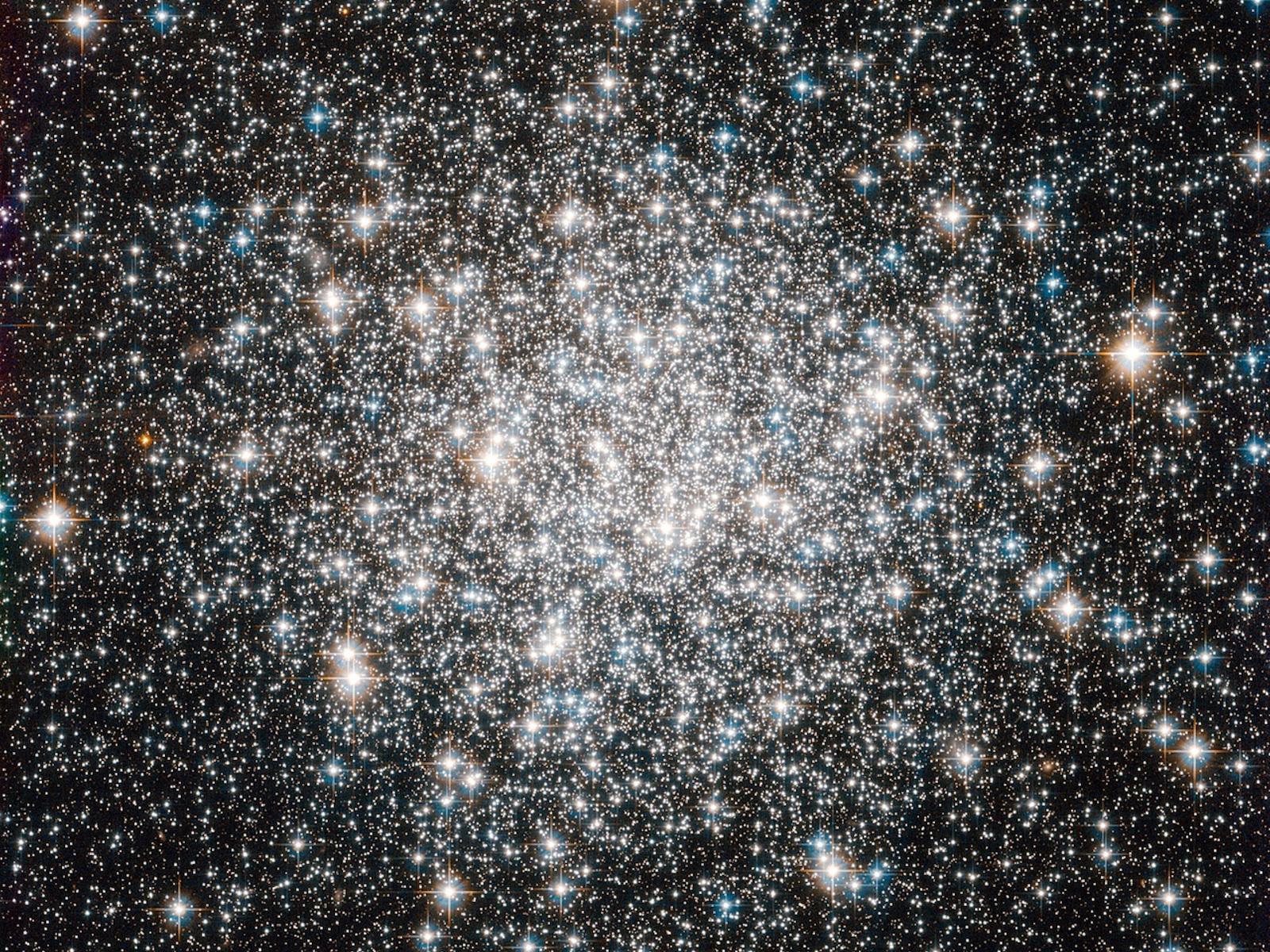 A Ten Billion Year Stellar Dance Space Wallpaper 1600x1200