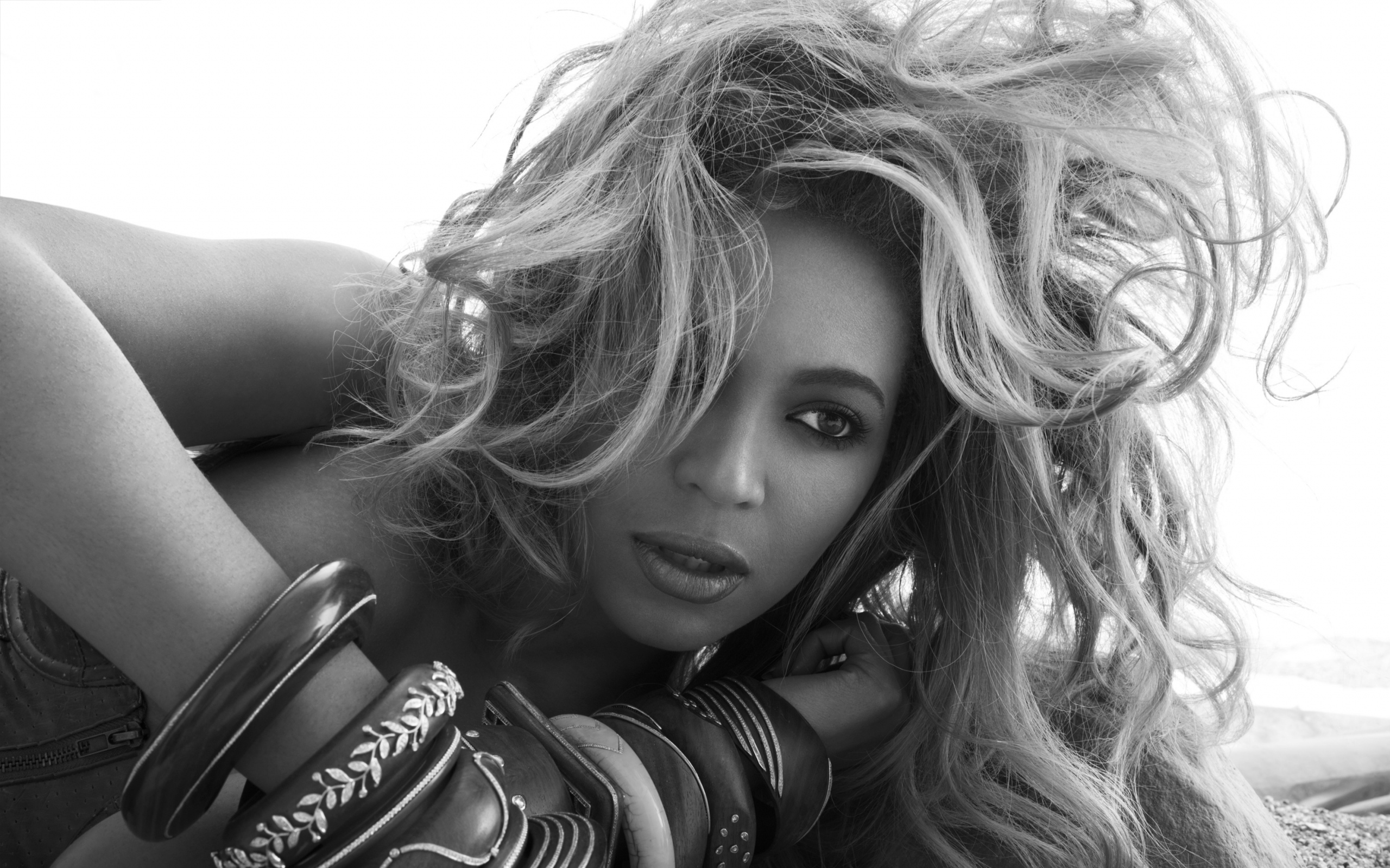 Download Wallpaper 2560x1600 Beyonce knowles Actress 2560x1600