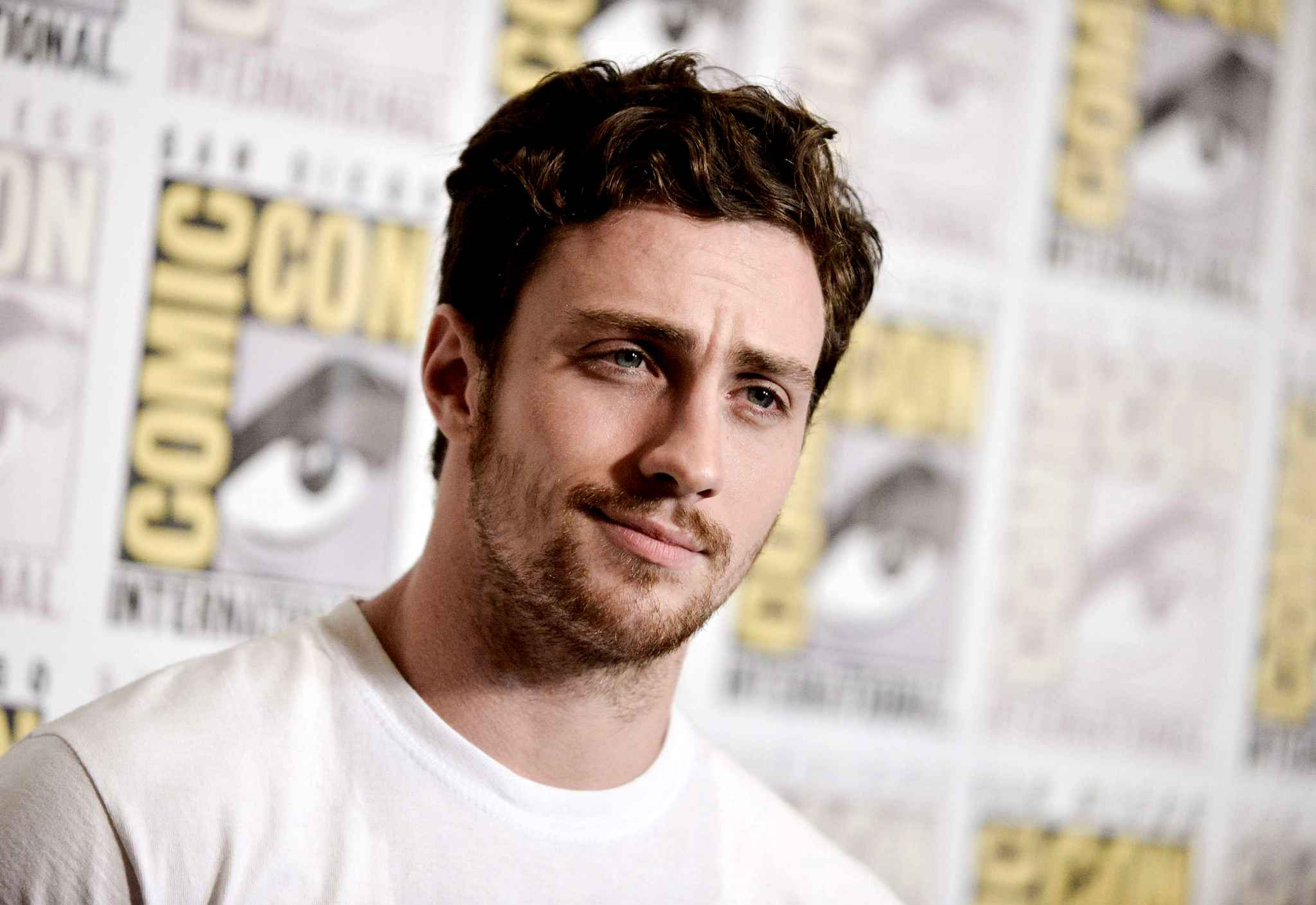 Wallpapers Aaron Taylor Johnson   MaximumWallHD 2048x1409