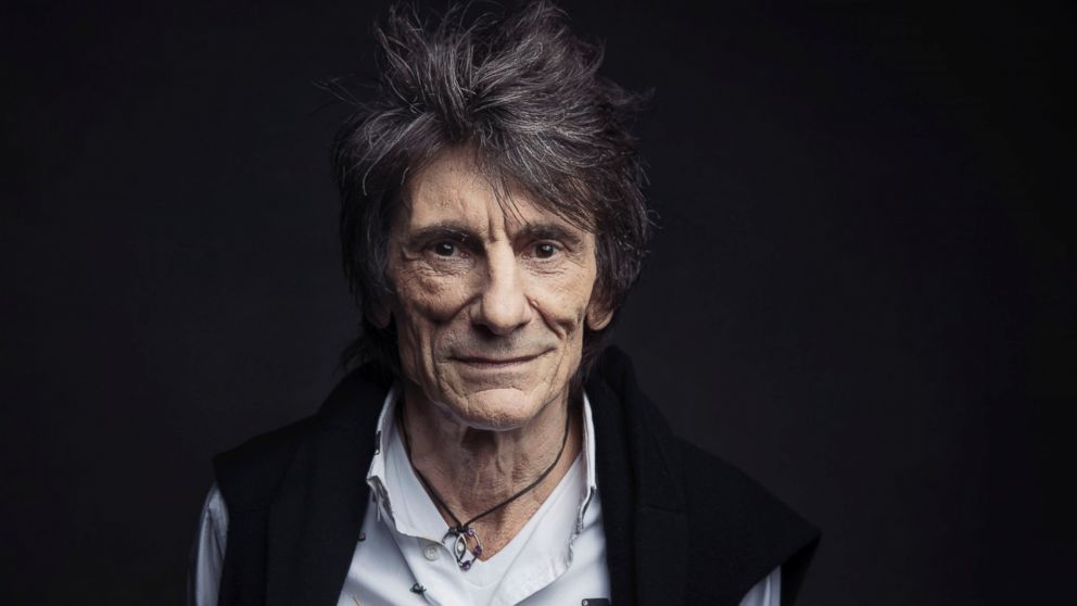 Ronnie Wood turns 70 one day after twins celebrate their 1st 992x558