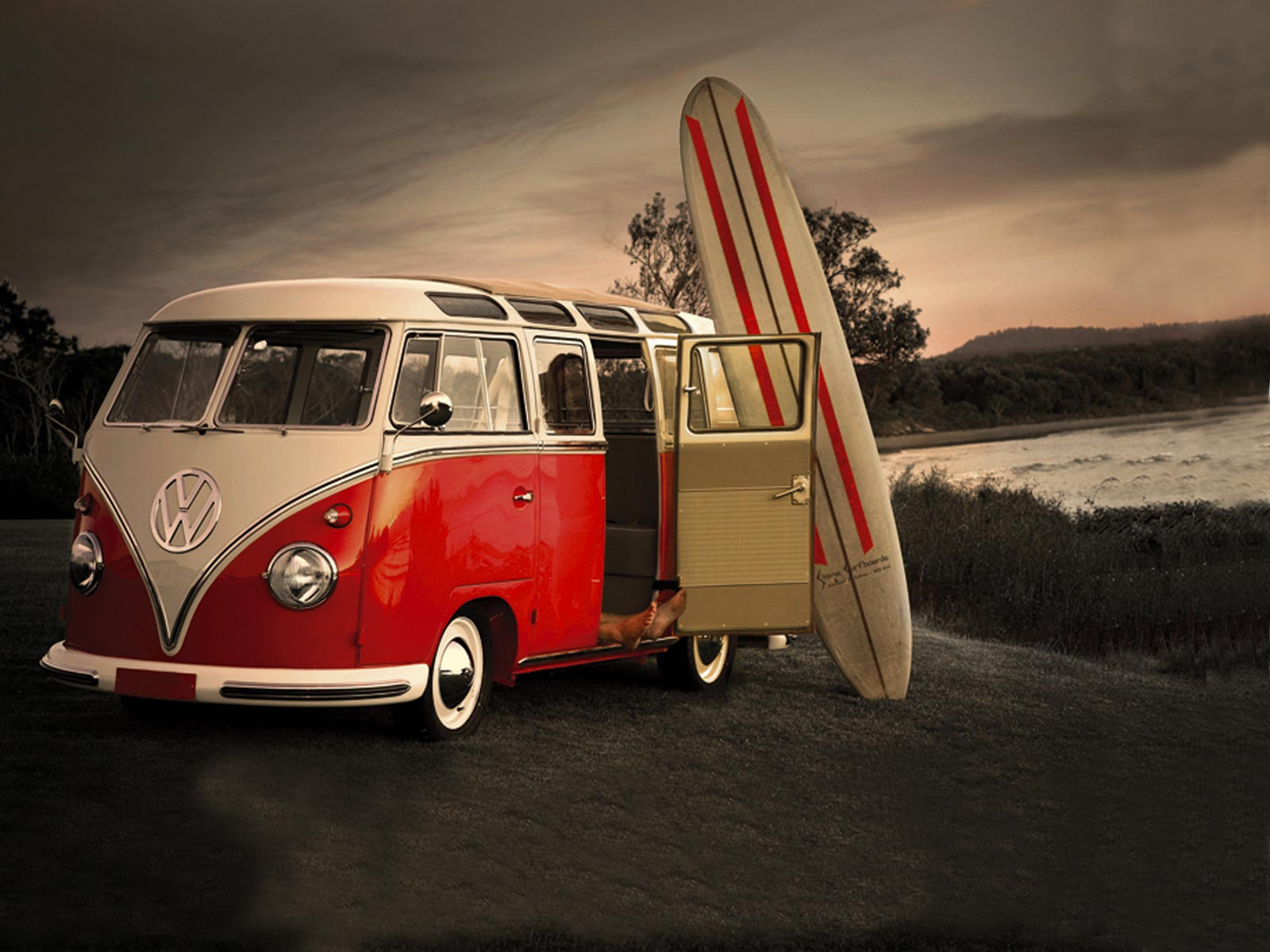 Surf And Old VW Wallpaper IPhone 10278 Wallpaper WallpaperLepi 1600x1200