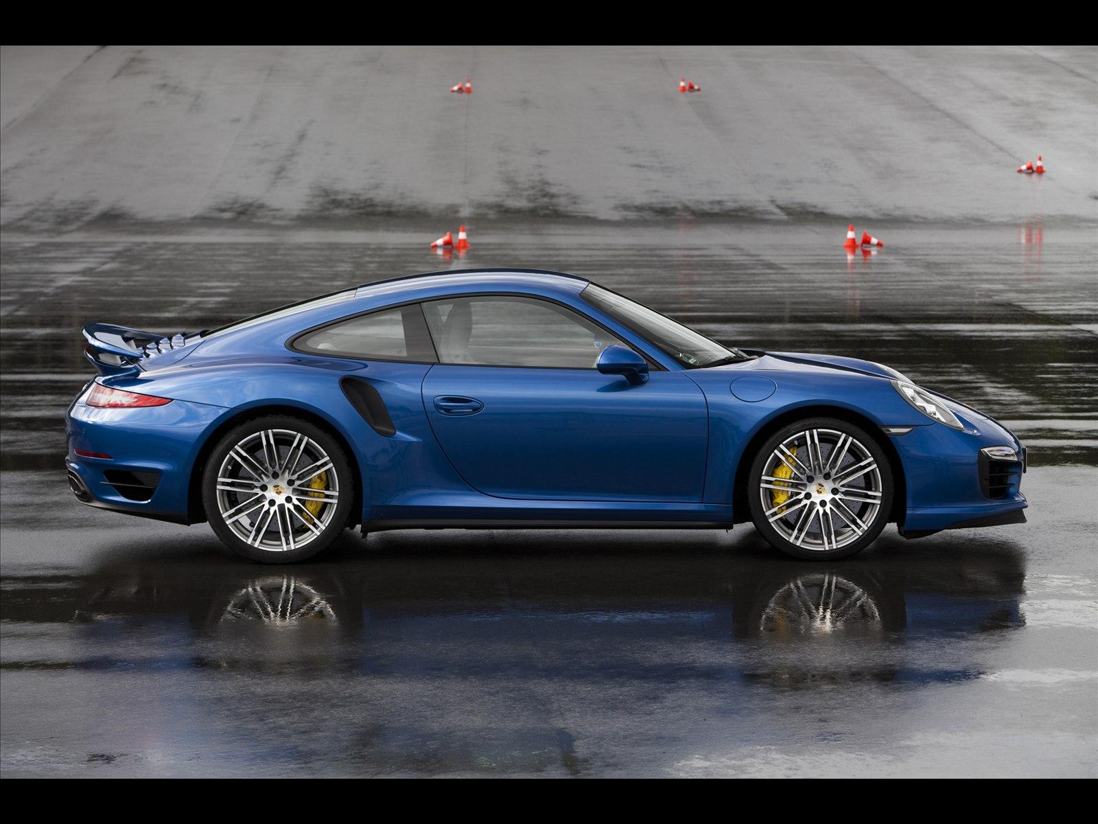 Home Porsche Porsche 911 Turbo S 2014 1600x1200