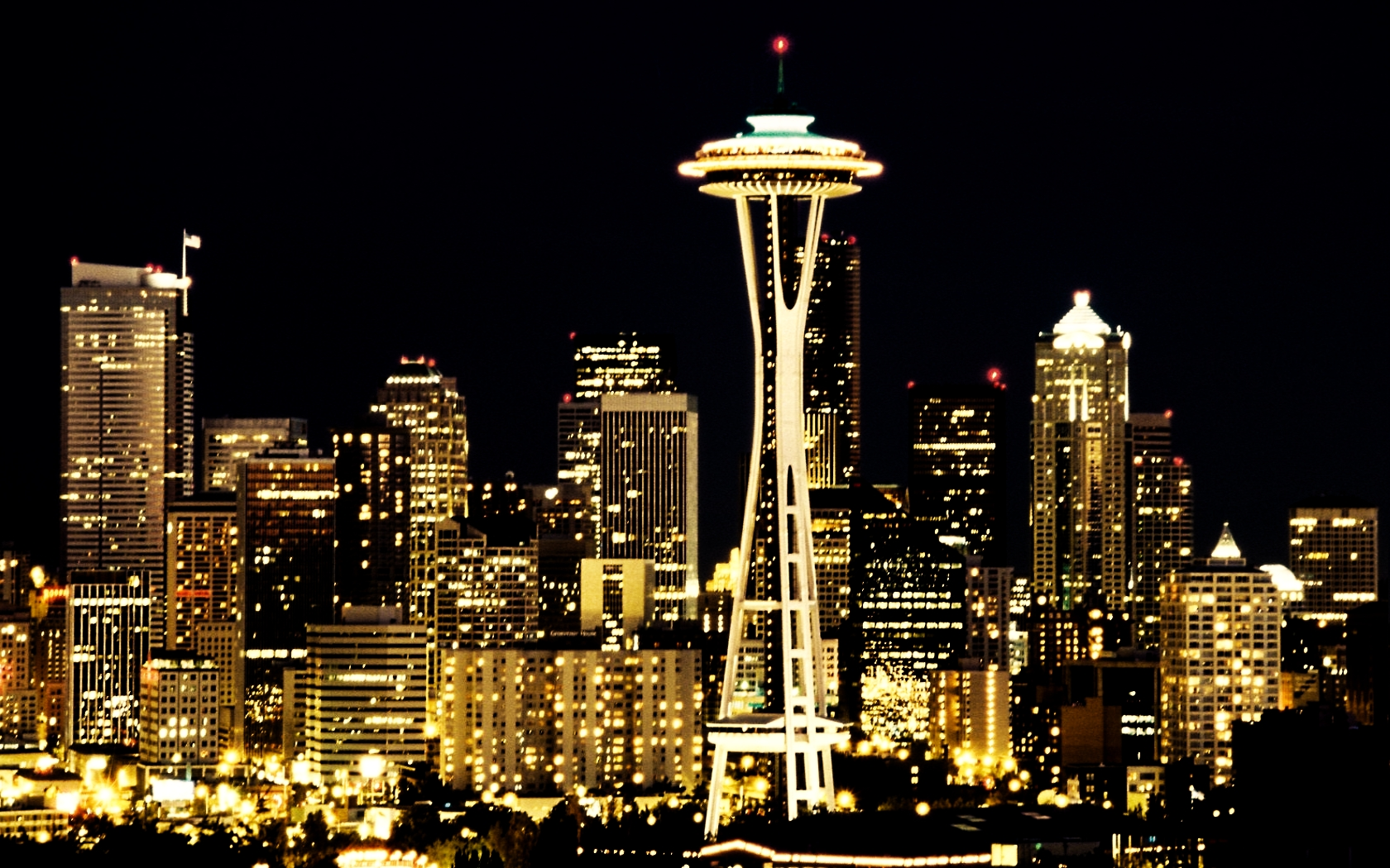Skyline Seattle Wallpaper 1680x1050 Skyline Seattle City Lights 1680x1050