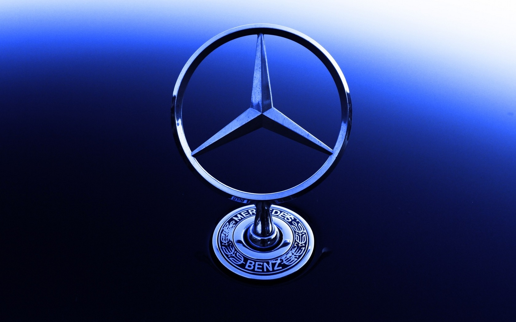 Mercedes Logo wallpaper 1680x1050 70696 WallpaperUP 1680x1050