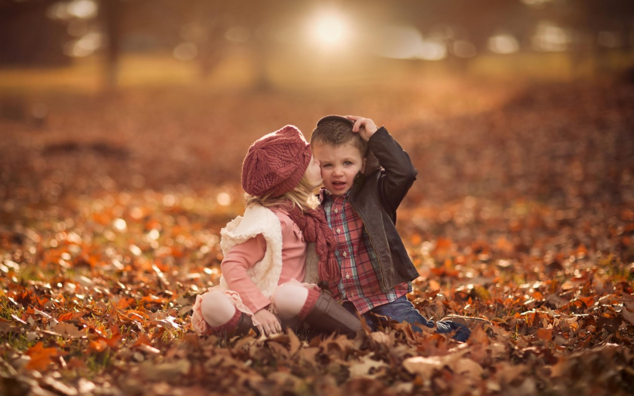 Cute Girl Kiss Boy Fall Leaves 1280 x 800 Download Close 1280x800