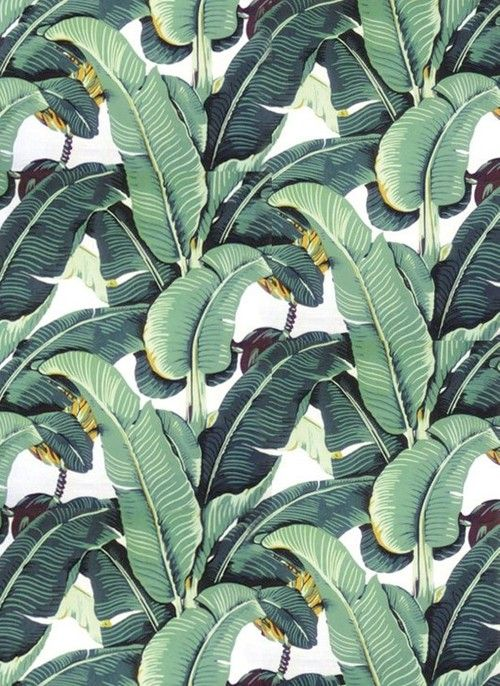 iconic wallpaper at The Beverly Hills Hotel livinginstyle 500x686