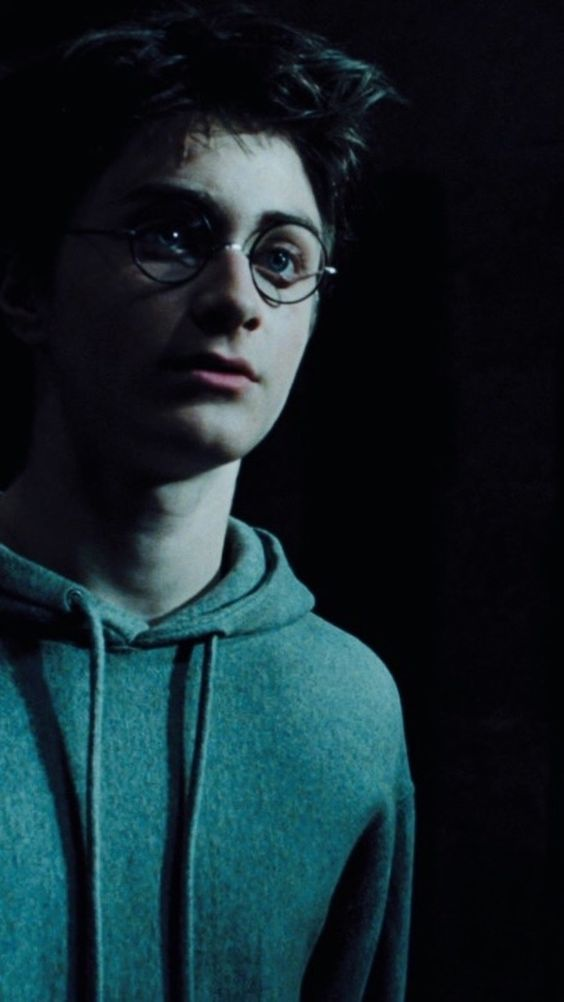 Hogwarts Aesthetic    Harry Wallpaper in 2020 Harry potter 564x1002
