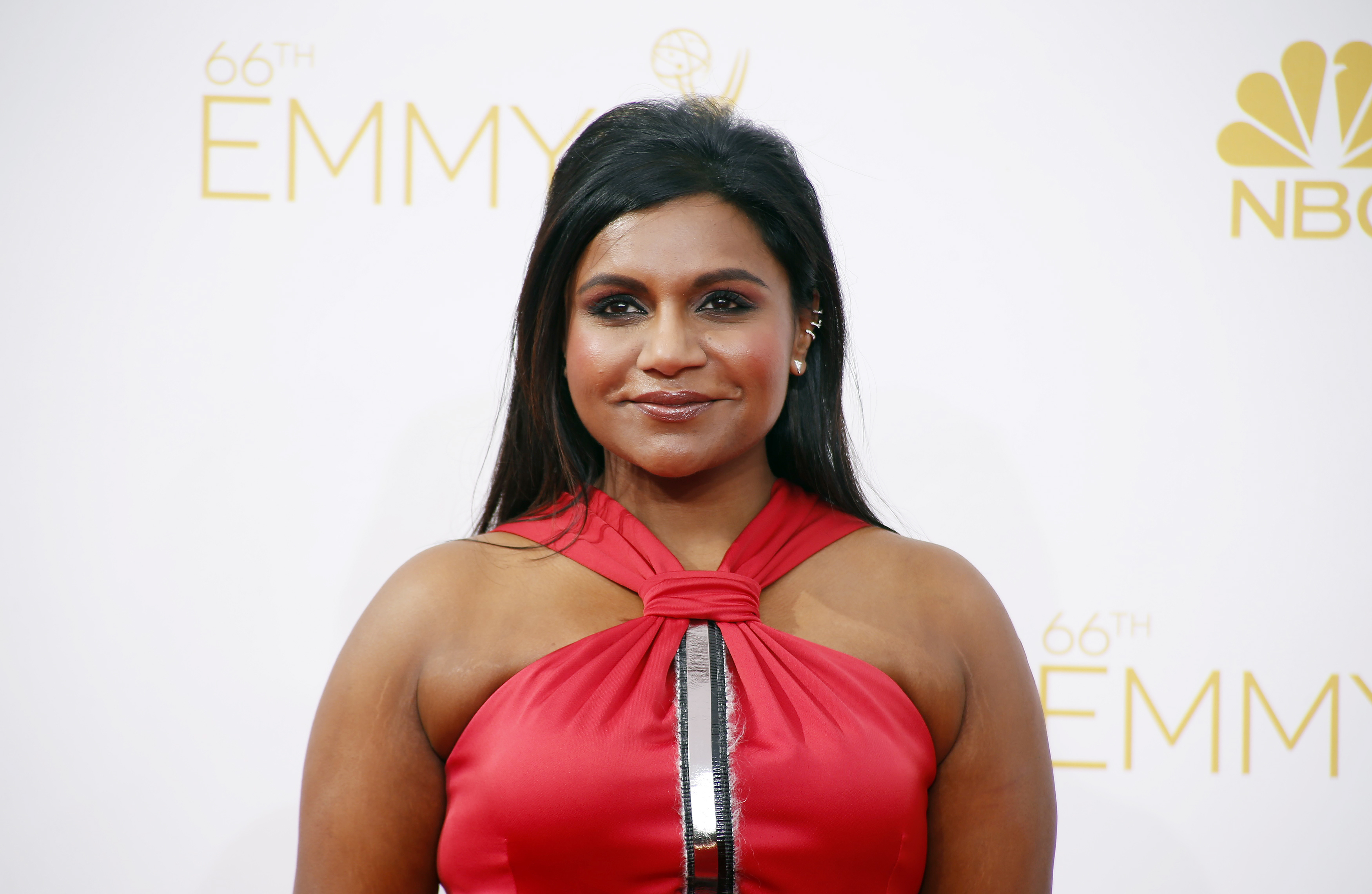 Mindy Kaling Wallpapers Images Photos Pictures Backgrounds 3500x2281